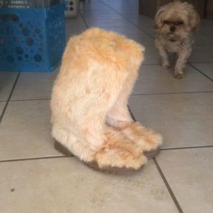 BEBE Super Soft Faux Fur Boots